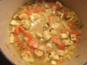 Wurzelgemüse-Curry mit Kokosmilch