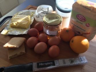Zutaten für Orangen-Marzipan-Guglhupf