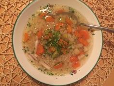 Hühnersuppe - Hendlsuppe hausgemacht