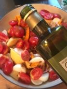 Olivenöl und Gewürzmischung zum Gemüse
